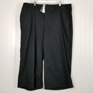 Lane Bryant 20 Crop Pant Side Ruffle Detail Black